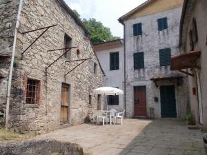 6-Courtyard